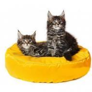 Лежаки для котів